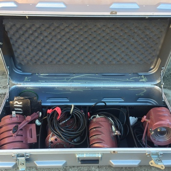 Rent Mole Richardson 4 Light Fresnel Kit | 2x 650 | 2x 200 |