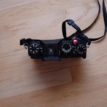 Rent Fuji XT-2