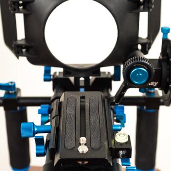 Rent DSLR Shoulder Rig with Fotasy Follow Focus
