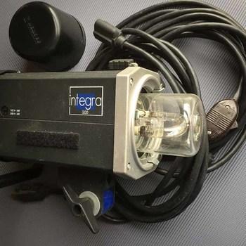 Rent Hensel Integra 500 - 3 mono light kit