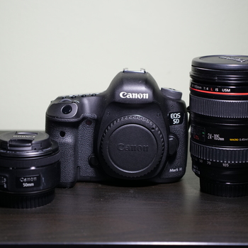 Rent Canon 5D Mark iii w/ 24-105mm & 50mm lens