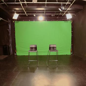 Rent Midtown 32'x26' Studio