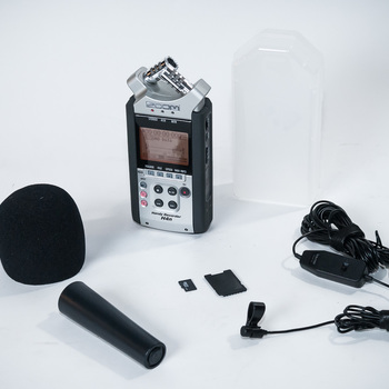 Rent Nikon D810 interview kit