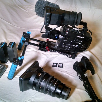 Rent FULL SONY FS7 KIT