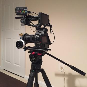 Rent Canon C100 - Full Shooting Kit