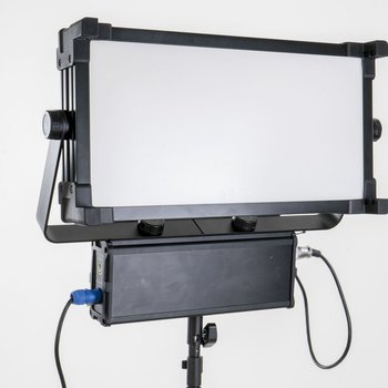 Rent SoftPanels 1x2 Bi-Color LED w/DMX & V-Mount (like Kino Celeb 200)