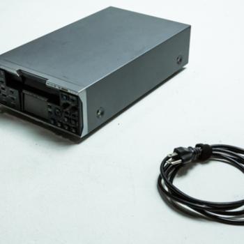 Rent SONY HVR-M35E HDV DV MINI DV RECORDER TAPE DECK