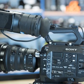 Rent PXWFS7  Basic Kit w/ 18-110 Lens