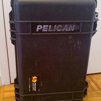 Rent Pelican 1510 Hard Rolling Case w/ Dividers