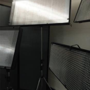 Rent CUSH Light mat 4L BI-color w/ Light Stand (TWICE POWER OF LITEGEAR)
