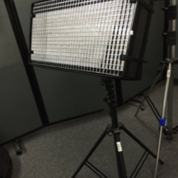 Rent Litegear Litemat 1 BI-color w/ Light Stand and Diffusion