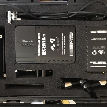 Rent Director's Wireless Video Kit | Small HD AC7   |  With V-mount batteries and charger