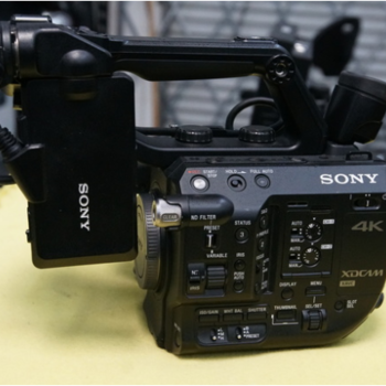 Rent Sony FS5 XDCAM Super 35 Camera System w/ 18-105mm lens