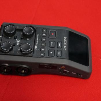 Rent Zoom H6 Handy Recorder with Interchangeable Mic System
