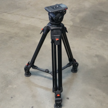 Rent Cartoni Focus 12 Fluid Head with A302 Tripod Legs