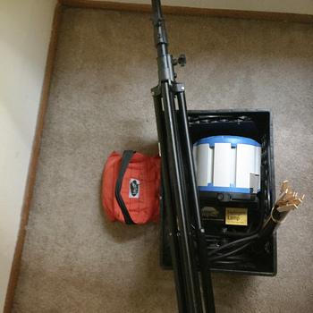 Rent ARRI T1 Location Fresnel w/ Stand/Gels/Sandbag/more - 1000 Watts, Stand Mount (Arri 1k)