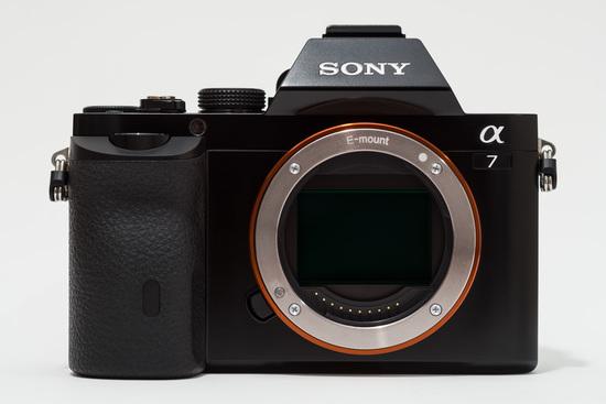 Sony alpha ilce 7 %28a7%29 full frame camera no body cap