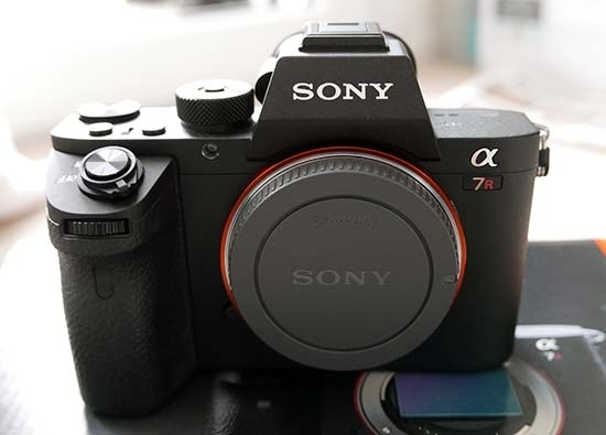 Rent Sony A7 R Full Frame Mirrorless Camera (Body Only) In | KitSplit