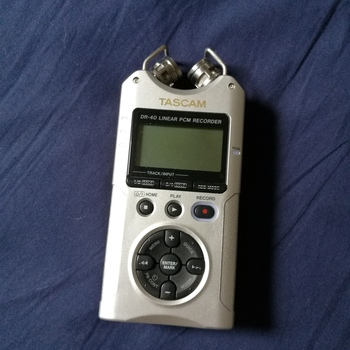 Rent Tascam DR-40 4-Track Handheld Digital Audio Recorder