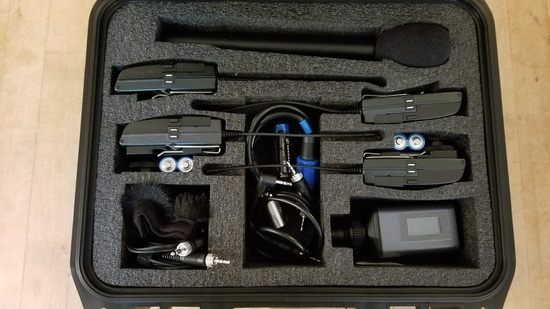 Sennheiser 2x lav 1x mic set in case