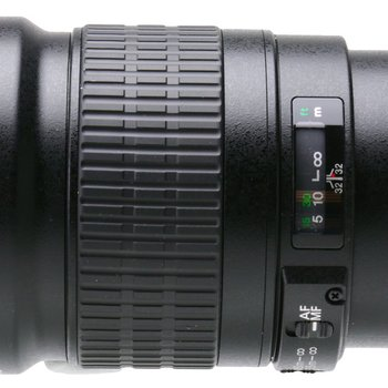 Rent Canon 200MM/2.0L IS Lens