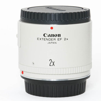 Rent Canon 2x Extender (Teleconverter)