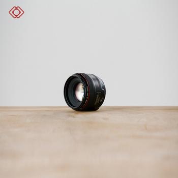 Rent CANON 35L F/1.4
