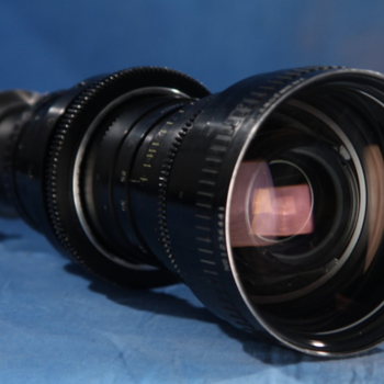 Rent ANGENIEUX 25-250MM T3.9 PL LIGHTWEIGHT ZOOM