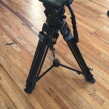 Rent Miller arrow 40 tripod for up to 40lbs 100mm bowl