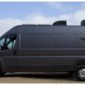 Rent LIGHTSMITH POST - Mobile Van equipped with DaVinci Resolve or Assimilate's Scratch w/Professional Colorist