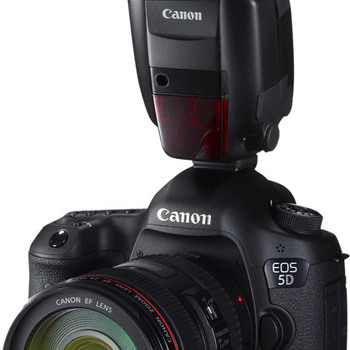 Rent Canon 5D MK III with FLASH, 4 LENS, TRIPOD, MEDIA CARD x2, BATTERY x4