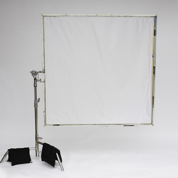 Rent 4x4 frame with grid diffusion