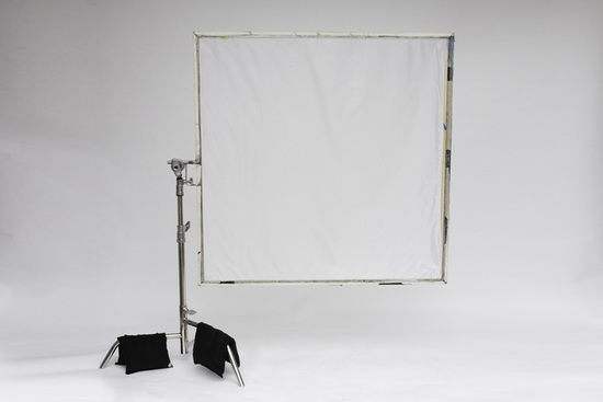 Rent A 4x4 Frame With Grid Diffusion In Los Angeles | KitSplit