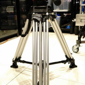 Rent Miller ArrowX 3 Sprinter II 2-Stage Aluminum Alloy Tripod