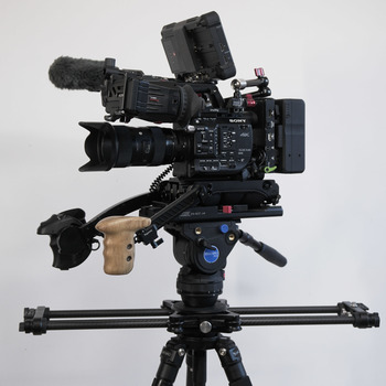 Rent Sony FS5 Production Kit  (Atomos, Lenses, Tripod, Mics + accessories)