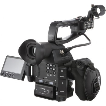 Rent Canon C100 MKII   16-35mm f/2.8L   Røde NTG2