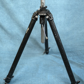 Rent Gitzo G1410 Pro Studex Tripod w/1526 Crank Head