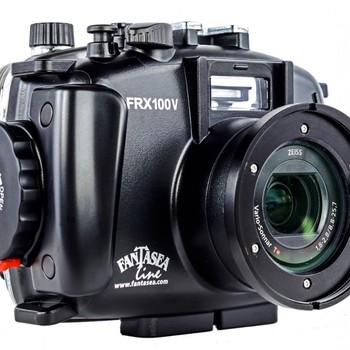 Rent Sony RX100V underwater kit