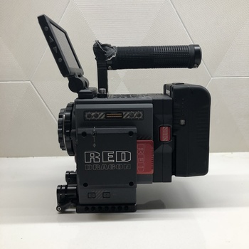 Rent RED Scarlet-Weapon EF Package