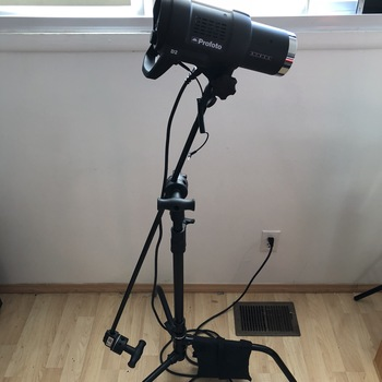 Rent Profoto D2 500 Air TTL Monolight + Stand