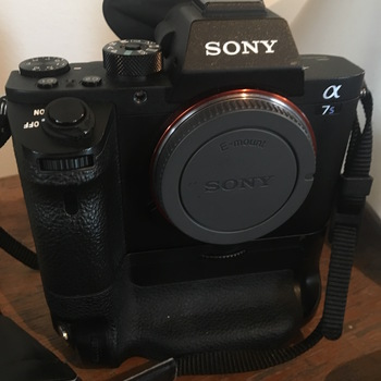 Rent Sony A7S ii Mirrorless Digital Camera (Body)