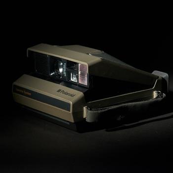 Rent Polaroid Spectra System Instant Film Camera