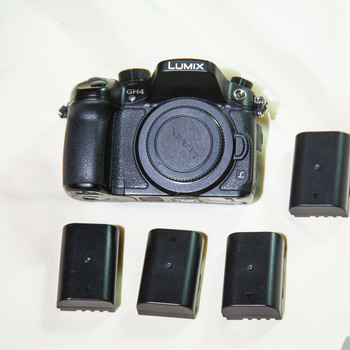 Rent Lumix GH 4 and batteries.