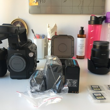 Rent SONY PXW-FS5K XDCAM CAMCORDER with 2 batteries & 2 128 GB SD cards