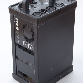 Rent Profoto Pro - 6 FREEZE Pack W/ Pro Head & Zoom Reflector