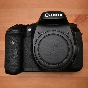 Rent Canon 7D (w/ 4 LP-E6 Batteries & Charger)