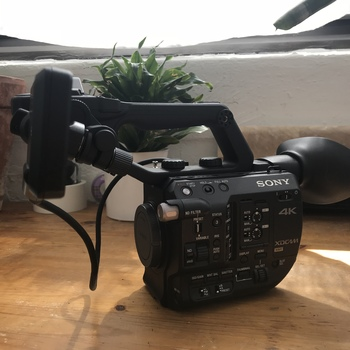 Rent Sony FS5 (BODY ONLY)
