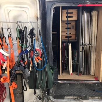 Rent 2 ton lighting van + truckmaster/swing