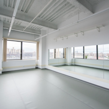 Rent Upper Manhattan Photo Studio Rental -Beautiful Daylight - $50/hour