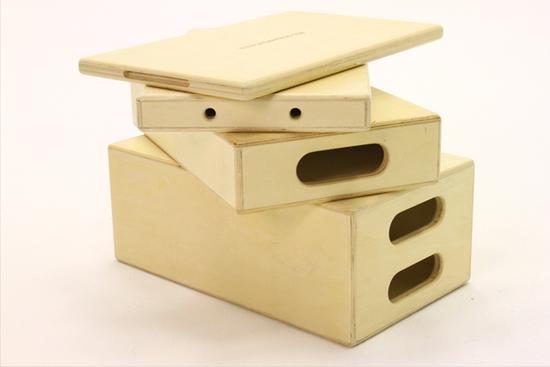 89c0bb 777455 apple box